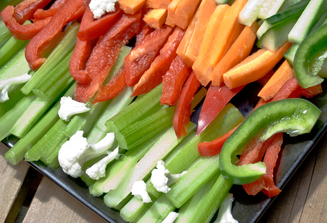 veges-on-plate-1159683-639x435